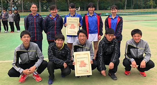 高校テニス部、団体は男女ペアでともに関東大会へ