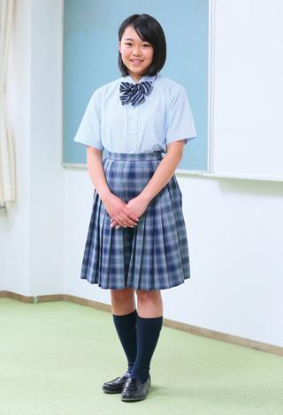 女子夏服(希望制)